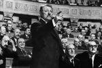 """Petite leçon d'Europe par Jean Gabin dans """"Le président"""" (extrait)"""