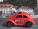 VOLKSWAGEN COCCINELLE DECORATION FRUITS ROUGES JOUSTRA 1/59