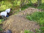 Retrouver un vieux puits comblé et le remettre en eau.