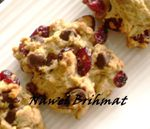 Cranberries cookies and chocolate chips