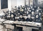 Photographie de classe CE1 en 1969 à La Neuville Chant d'Oisel