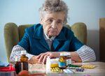 Déclin cognitif chez les personnes âgées, style de vie contemporain et accumulation de médicaments