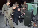 """La Corée du nord entre """"en posture de combat"""" et menace Guam, Hawaï et les USA continentaux"""