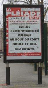 05-CachanCinemaLaPleiadeAffiches.jpg
