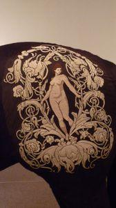 detail-de-la-broderie-copie-1.jpeg