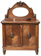 875801_old_chest_of_drawers-1-.jpg