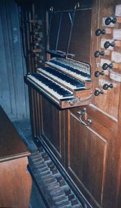 console-chapelle-chateau.JPG