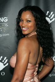 Garcelle+Beauvais+Nilon+Hosts+Gala+Benefit+OV-4QeuAAjql