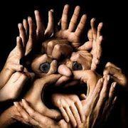 http://img.over-blog.com/180x180/0/28/77/81/jeux-de-mains/Jeux-de-mains.jpg