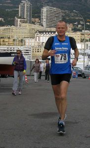 Lucas-Boewer-No-Finish-line-Monaco-2011_vincitore.jpeg