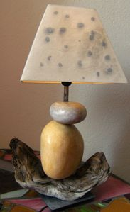 lampe galets bois flotté