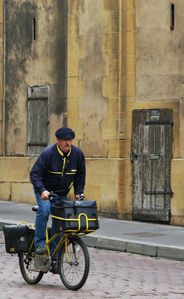 French_Postman_by_cahilus.jpg
