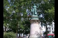 32-place-carnot--statue-republique-vue-w.jpg
