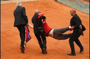 2009-06-09-TENNIS-GARROS-INCIDENT-20090607.jpg
