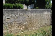 Elment de fortification avec ouvertures de tir