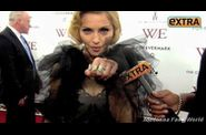 Madonna WE US premiere New York 20120123 EXTRA 2