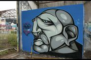 Graffitis-Caserne-NIEL-Bordeaux-Tom-002