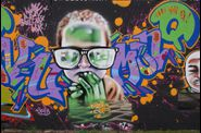 Graffitis-Caserne-NIEL-Bordeaux-Tom-005