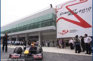 Red Bull - Karun Chandhok
