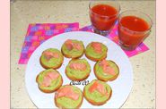 cocktail-vitamin--et-ses-toasts-avocat-saumon-fum-