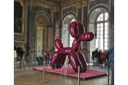 Versailles-Koons-Balloon-dog-3.jpg