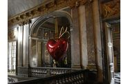 Versailles-Koons-coeur-1.jpg