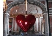 Versailles-Koons-coeur-2.jpg