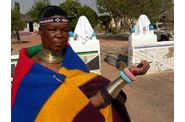 012-village-ndebele-esther-bijoux.jpg