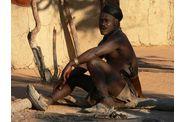 144-namibie-kaokoland-village-himba-homme.jpg