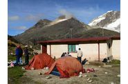 huayna-potosi3-camp-base.jpg
