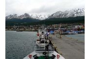 002-antarctique-ushuaia-port2.jpg