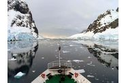 106-antarctique-lemaire-channel-reflets.jpg