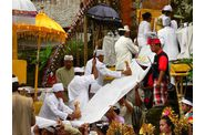167-bali-ubud-tampaksiring-ceremonie-arrivee-dieux.jpg