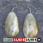 boucles-oreilles-claires-layeha-soldes.jpg
