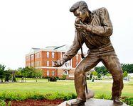 statuesmall Elvis Presley