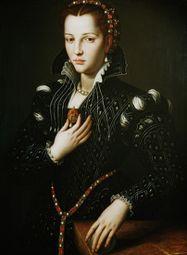 Bronzino-_ritratto_di_Lucrezia_de-_Medici.JPG