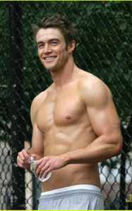 Robert-Buckley-copie-1.jpg
