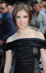 anna kendrick scott pilgrim london premiere 1