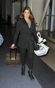 nikki reed LAX airport 1