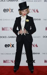 20130619-pictures-madonna-mdna-tour-premiere-screening-hq-1.jpg