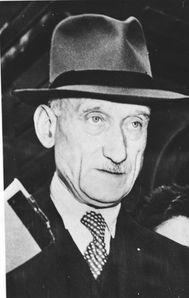 Bundesarchiv_Bild_183-19000-2453-_Robert_Schuman.jpg