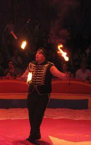 cirque FRATELLINI place Verdun 2010 10 12-feu