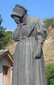 statue-fe.jpg