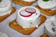 toast au fromage frais menthe et concombre