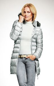 uniqlo doudoune light grey 89,90€