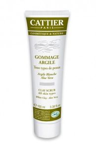 gommage-visage-bio-a-l-argile-blanche-cattier.jpg