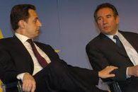 Sarkozy Bayrou TVA sociale rigueur austérité coupes massives budgets publics centre droite gauche Hollande