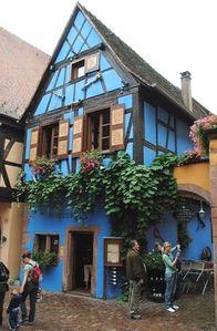 maison-bleue139-Riquewihr.JPG