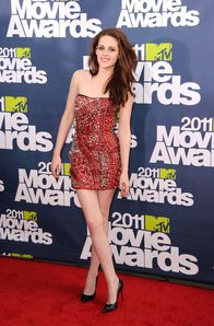 kristen stewart on the MMA 2011