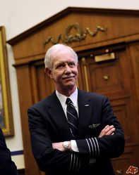 chesley-sullenberger-2009-2-24-11-3-0